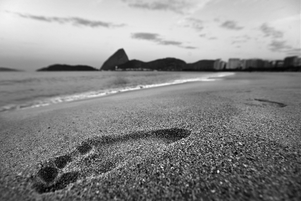 photoblog image Foot in the sand #2