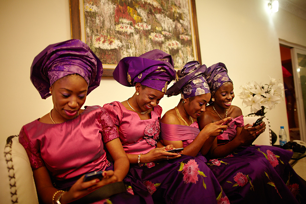 photoblog image Bridesmaid on their blackberry's